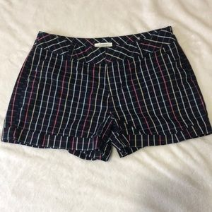 Maurices- size 3/4 shorts